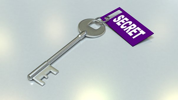 SECRETと書かれた鍵