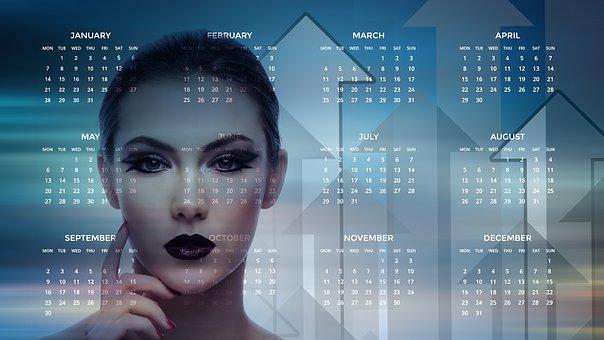 女性と年間カレンダー
